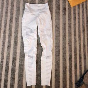 White high waisted alo yoga leggings